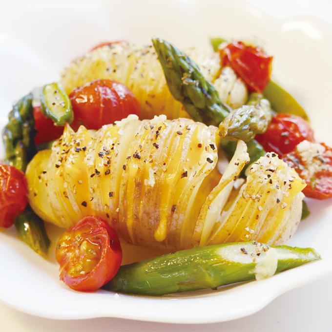 【美ごはん】カリカリとホクホクが美味しい!ハッセルバックポテト