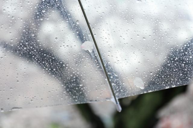 じめじめ天気のイライラを脱する2つの裏技とは?