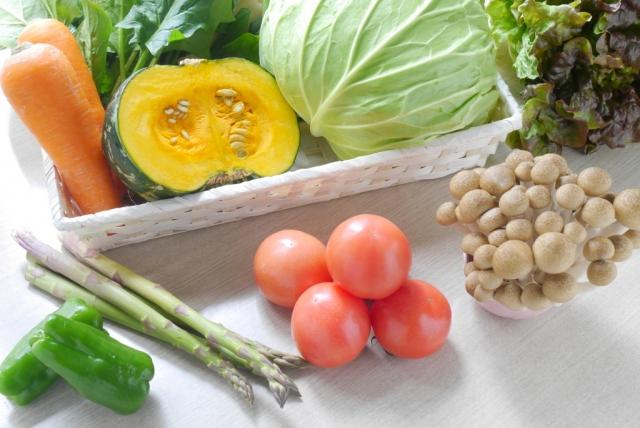 唇の健康に役立つ食べ物