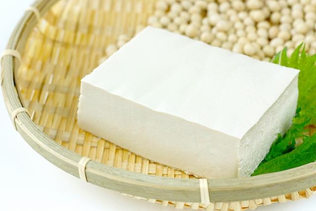 美肌にも欠かせない「タンパク質」の効果的な摂り方とは?