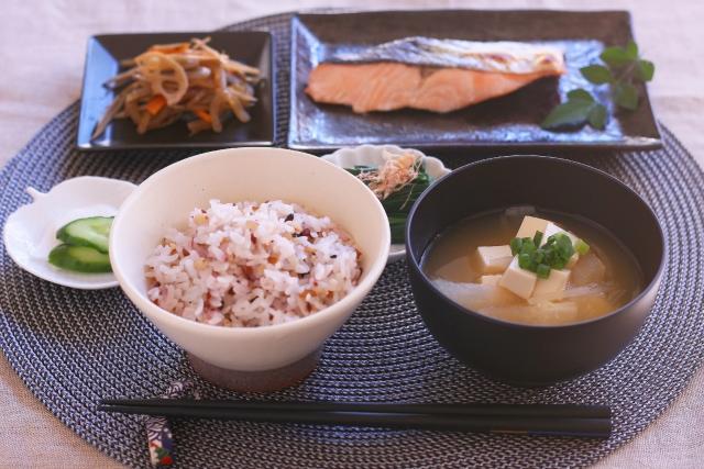 食物繊維の豊富な和食